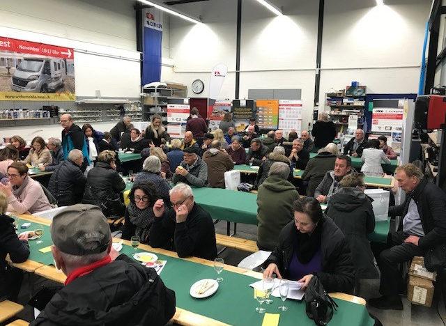 Raclette-Plausch unter Camper-Freunden zum Start ins neue Jahr 2019