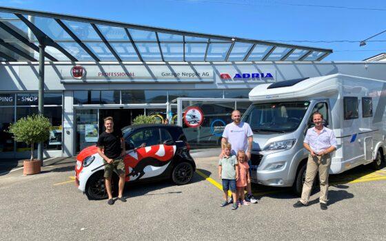 Übergabe des Adria Wohnmobils an den Gewinner von Radio Energy Basel – eine Woche Camping