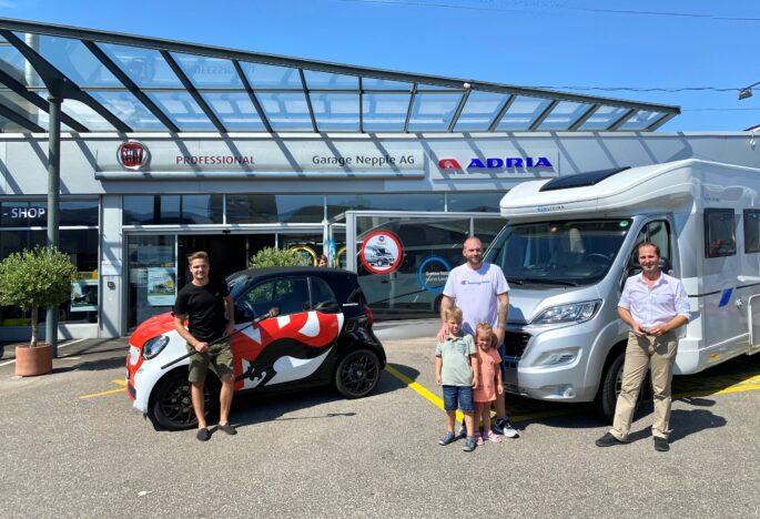 Übergabe des Adria Wohnmobils an den Gewinner von Radio Energy Basel - eine Woche Camping